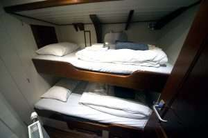 bunk-cabin-expedition-yacht