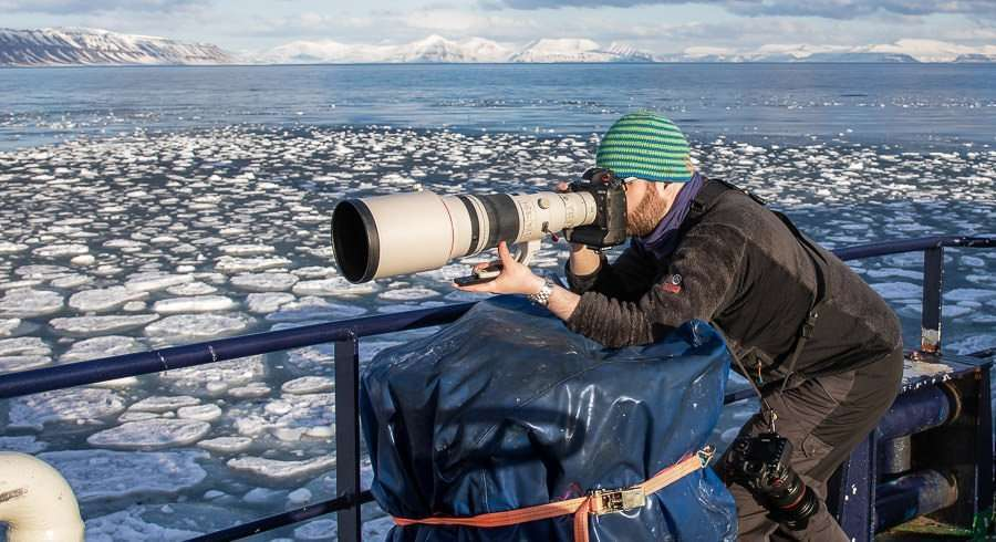 photographer Rayann Elzein in svalbard