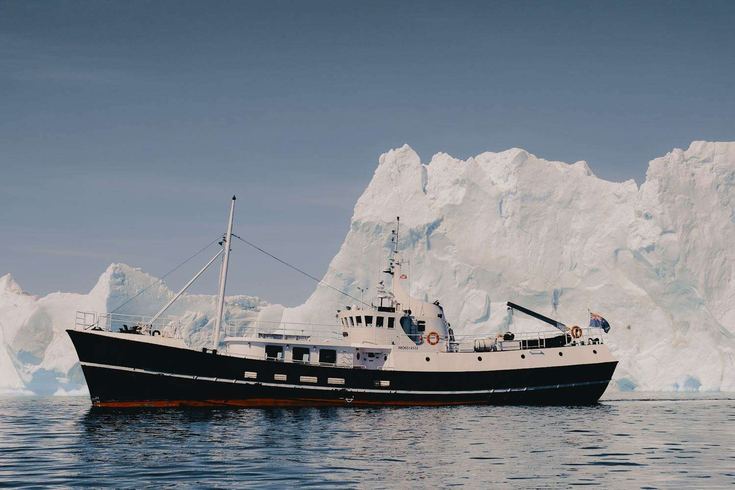 small expedition ship cruises in the arctic