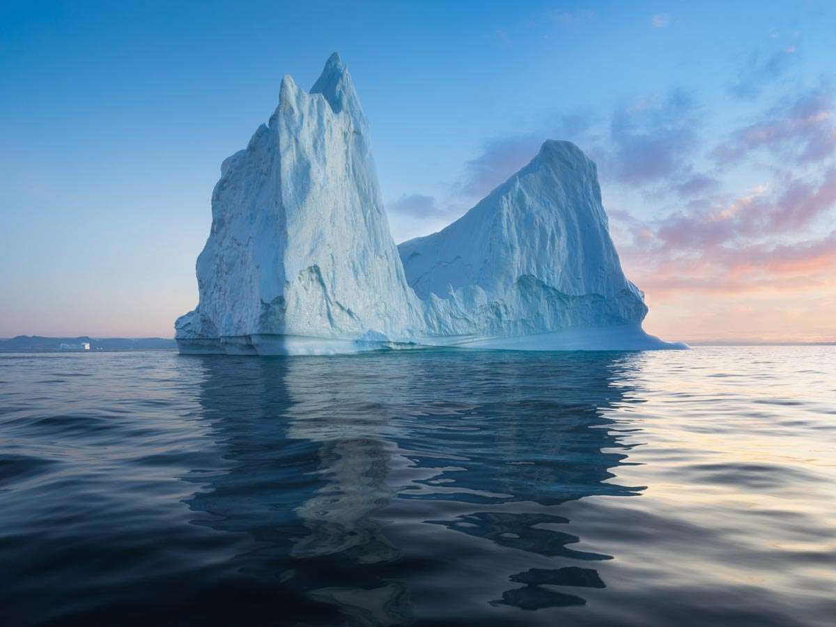 iceberg cruise in disko bay